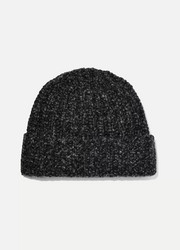 Johnstons of Elgin + NET SUSTAIN Donegal ribbed cashmere beanie