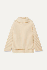 ARJÉ Oversized wool, silk and cashmere-blend turtleneck sweater
