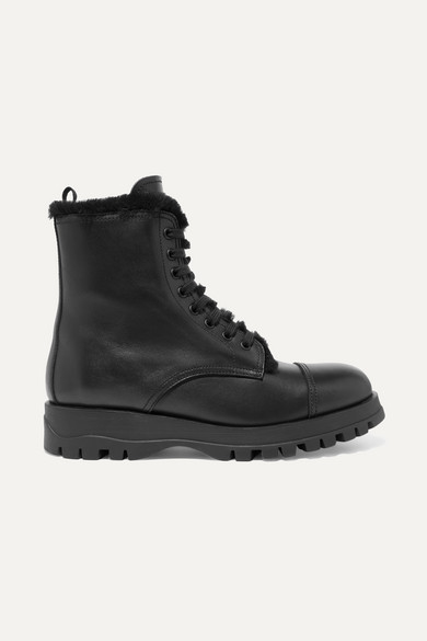 Shearing-Lined Leather Lace-Up Ankle Boots in Black