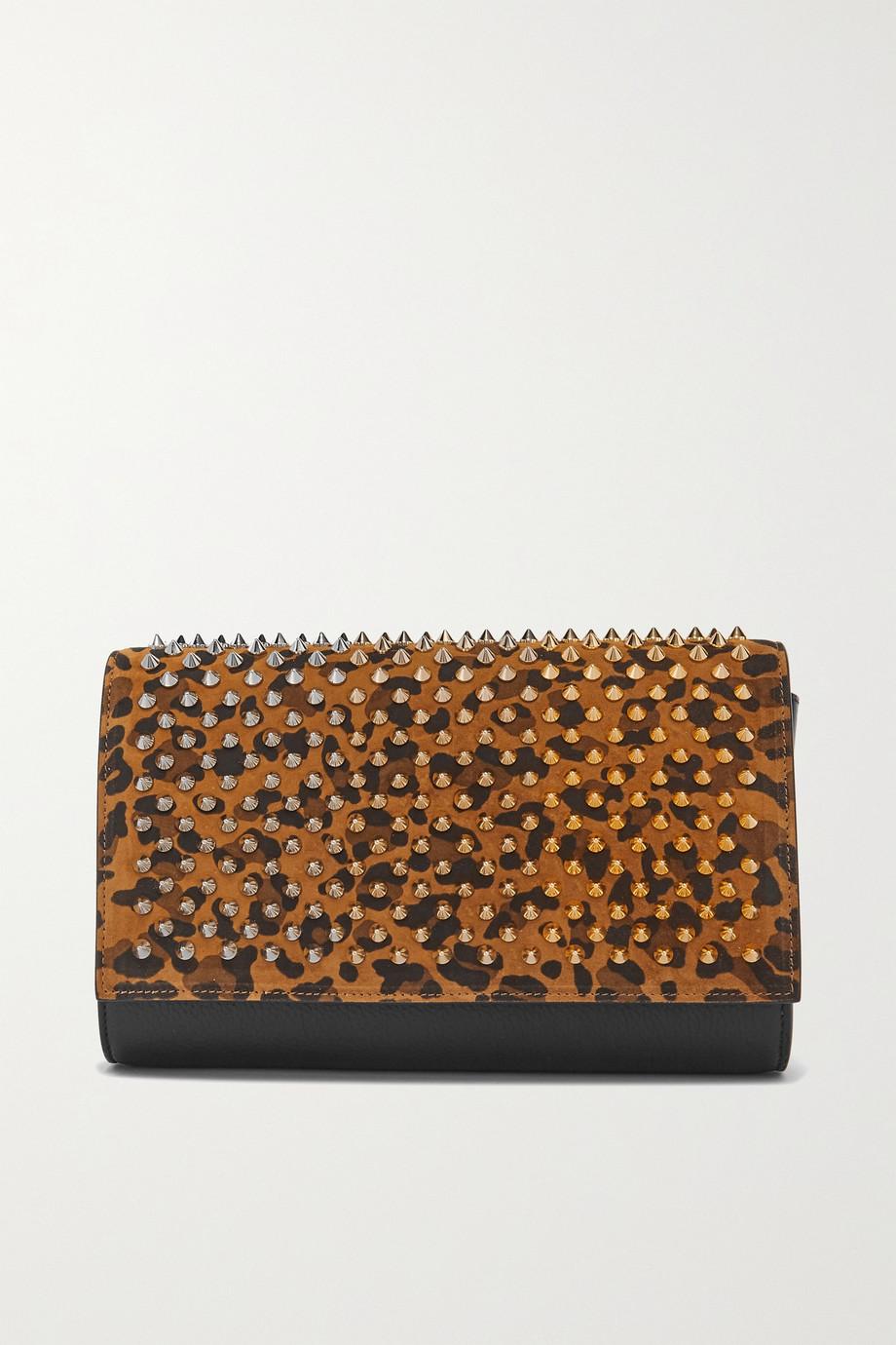 Christian Louboutin Paloma Clutch aus Leder und Veloursleder mit Leopardenprint und Stachelnieten