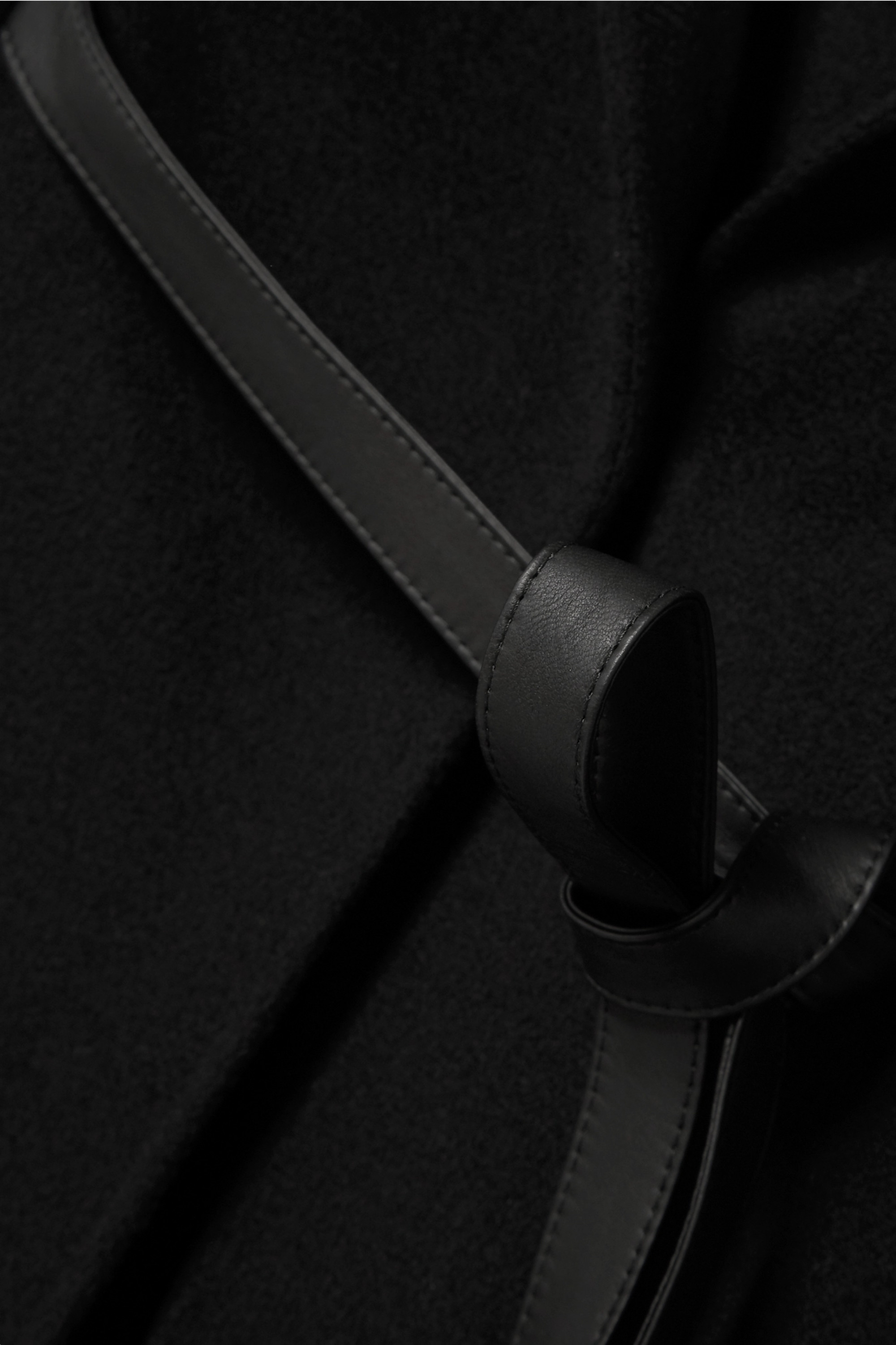 Black Belted Leather-trimmed Cashmere Cape | Loro Piana