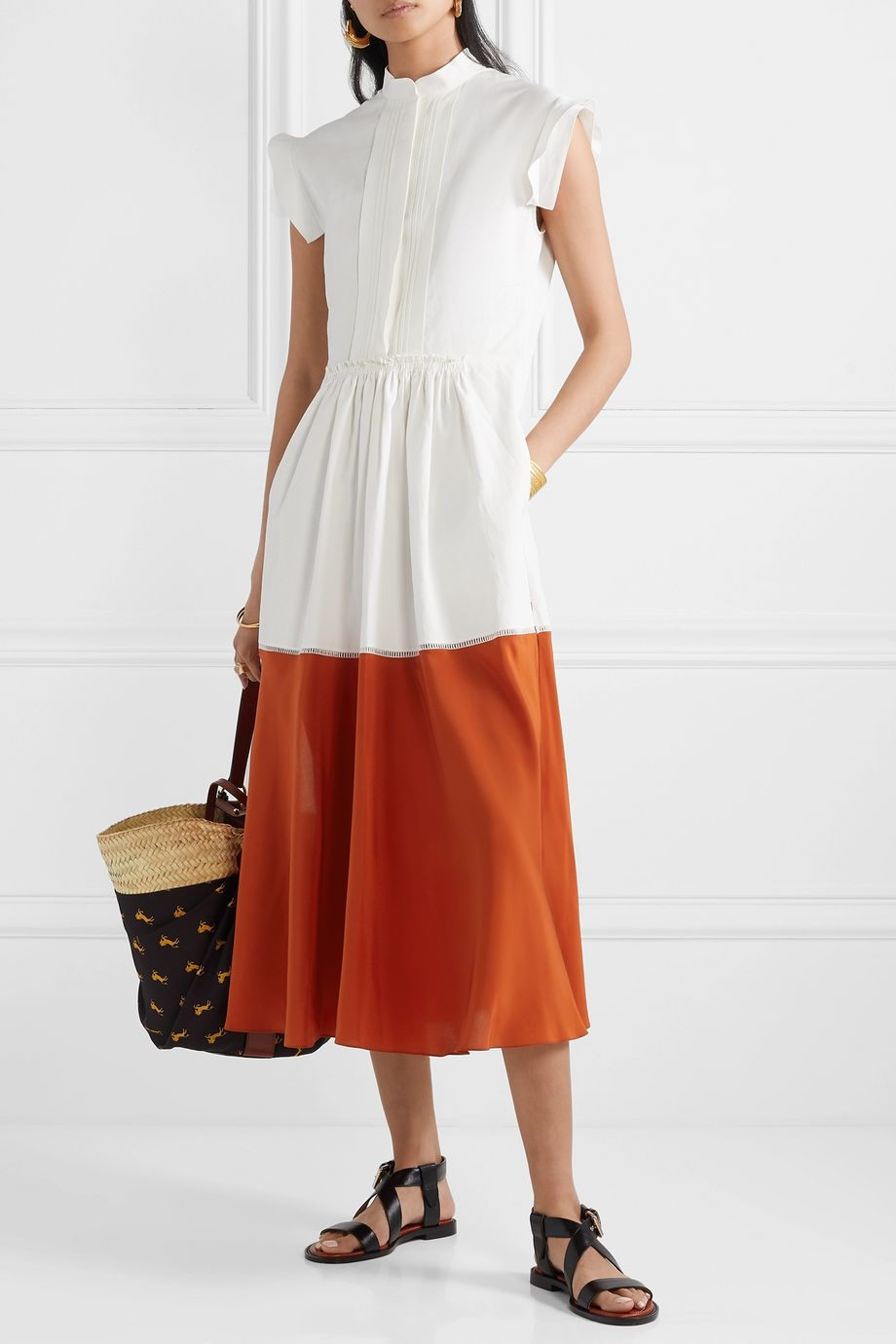 Chloé Two-tone pleated linen and silk crepe de chine midi dress