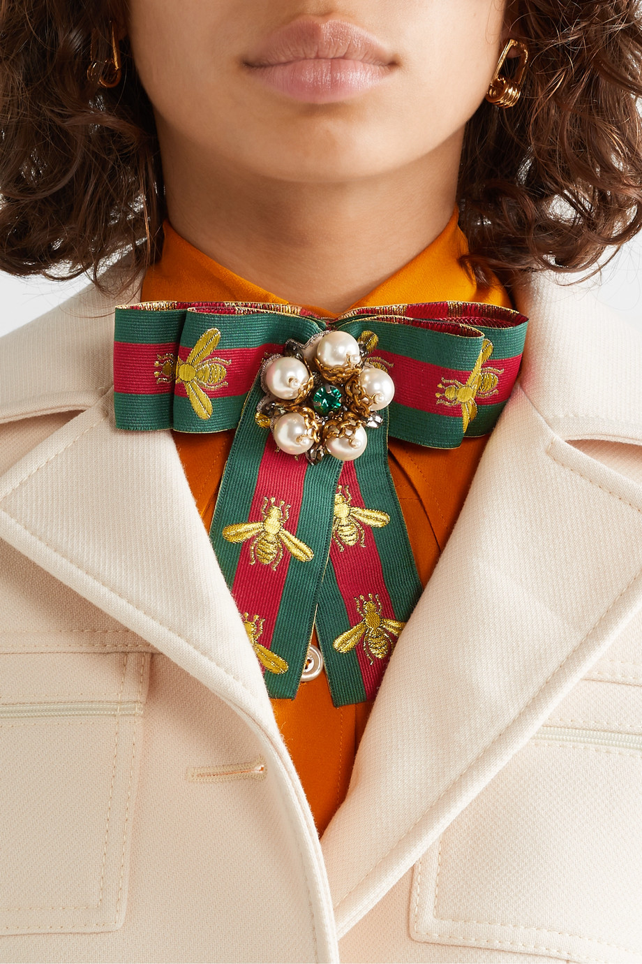 Gucci Broche en gros-grain à broderies et à ornements