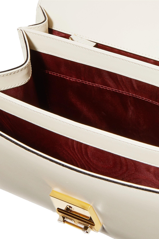 Gucci Zumi kleine Schultertasche aus Leder mit Verzierung