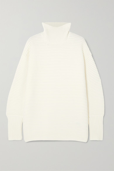 VB Ribbed Turtleneck