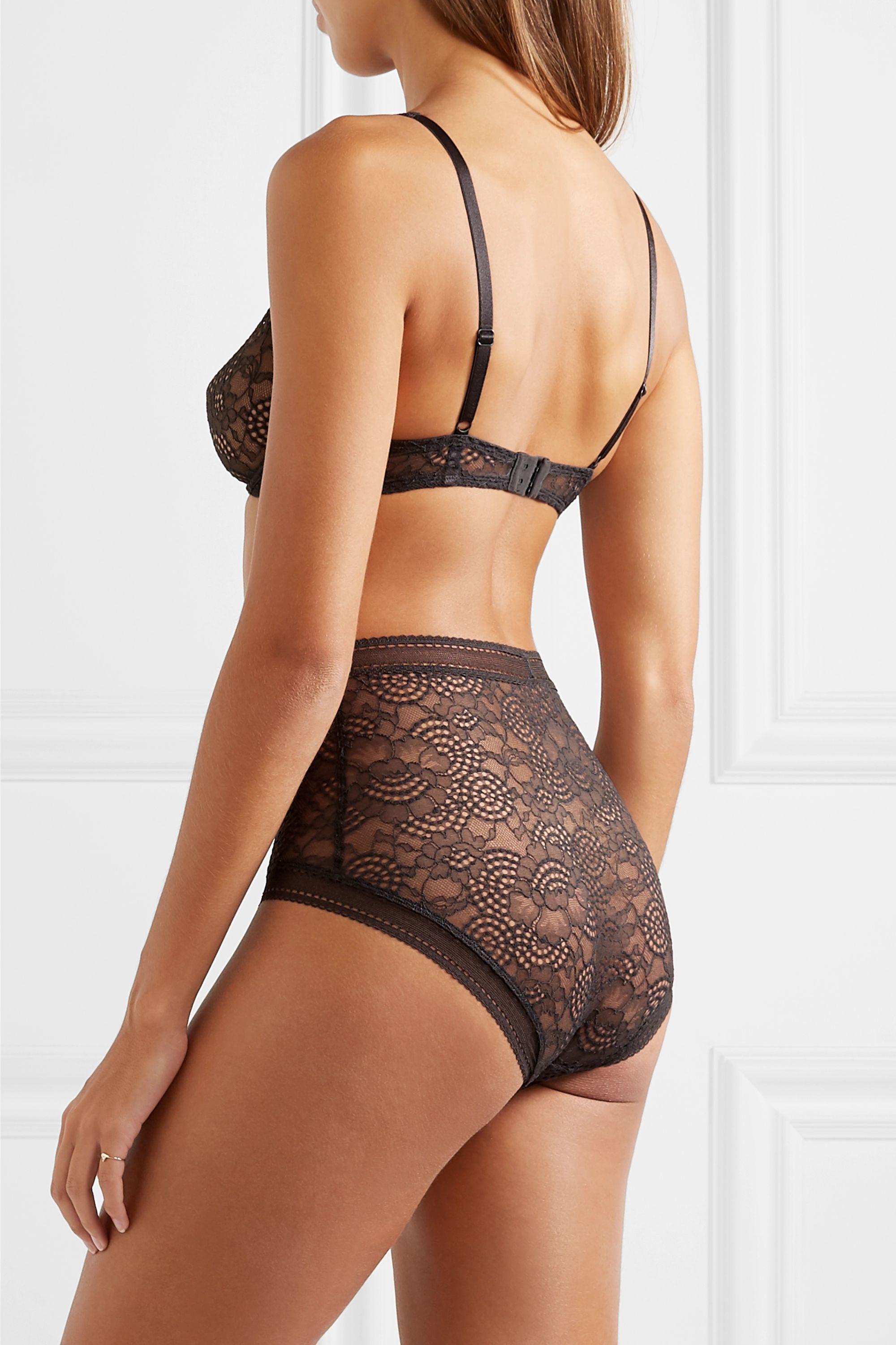 Anthracite Belle De Nuit Chagrin Stretch-lace Soft-cup Triangle Bra | Eres