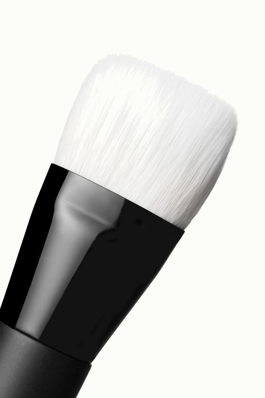 Rae Morris Jishaku 23.1 Mini Liquid Foundation Brush
