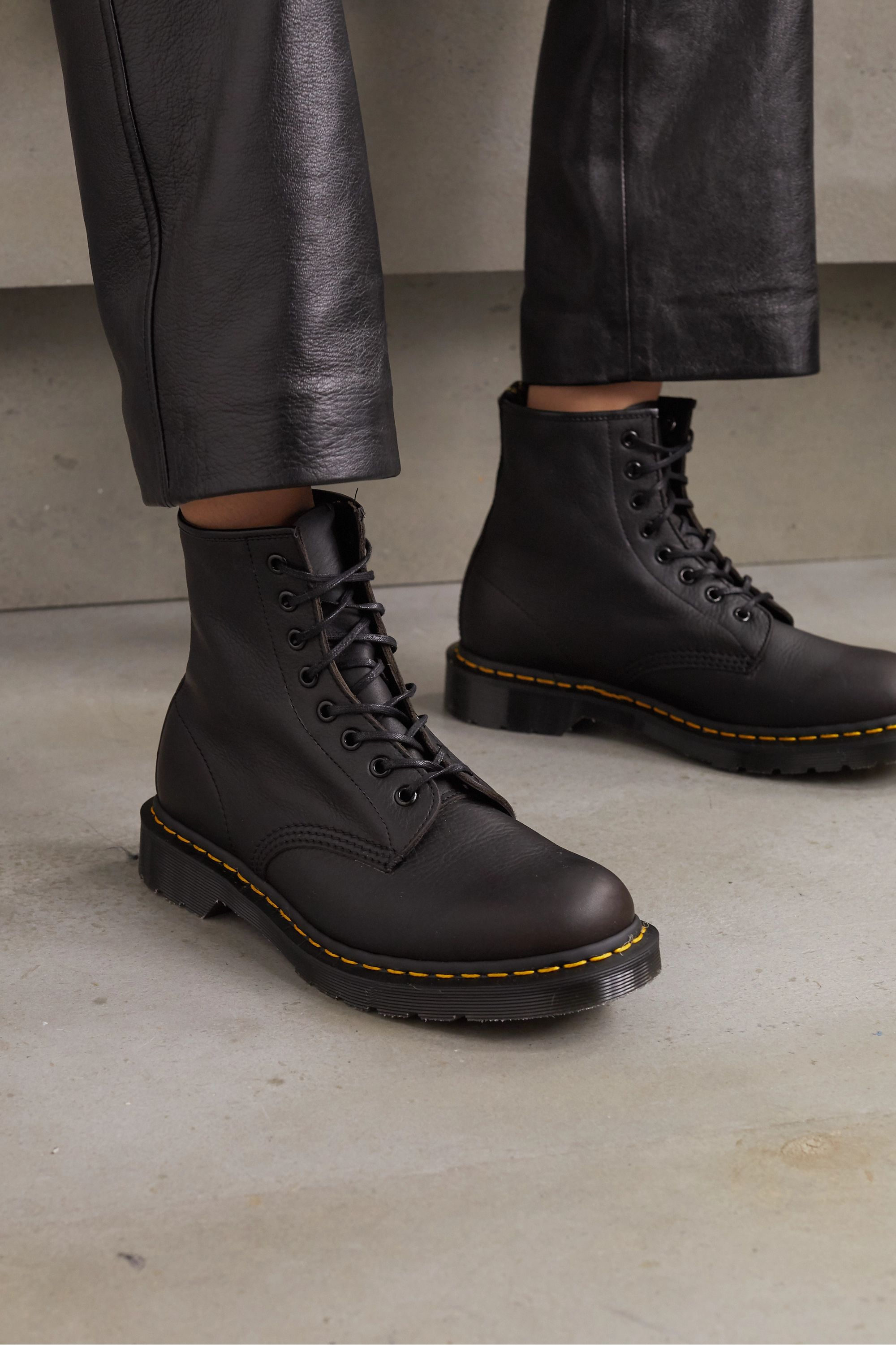 dr martins ankle boots