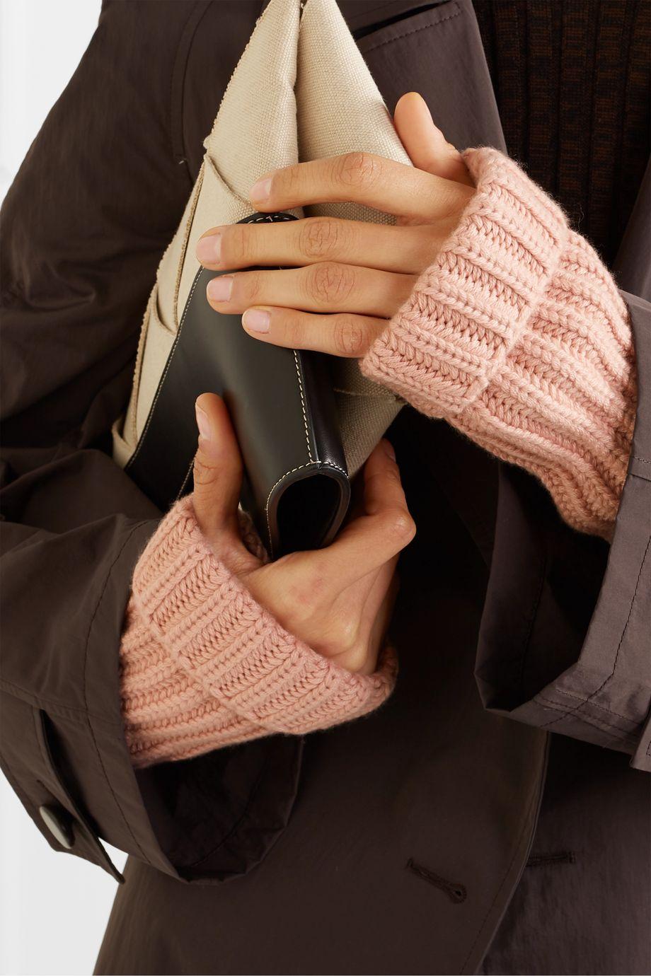 Loro Piana Ribbed cashmere wrist warmers