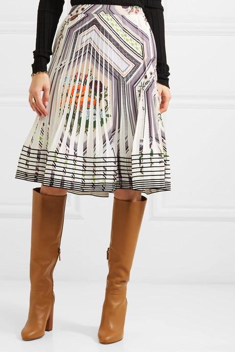 Pleated printed crepe skirt