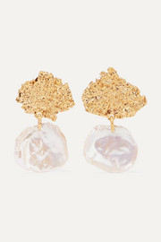 Moss gold-plated pearl earrings
