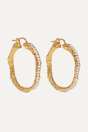 Medium gold-plated pearl hoop earrings
