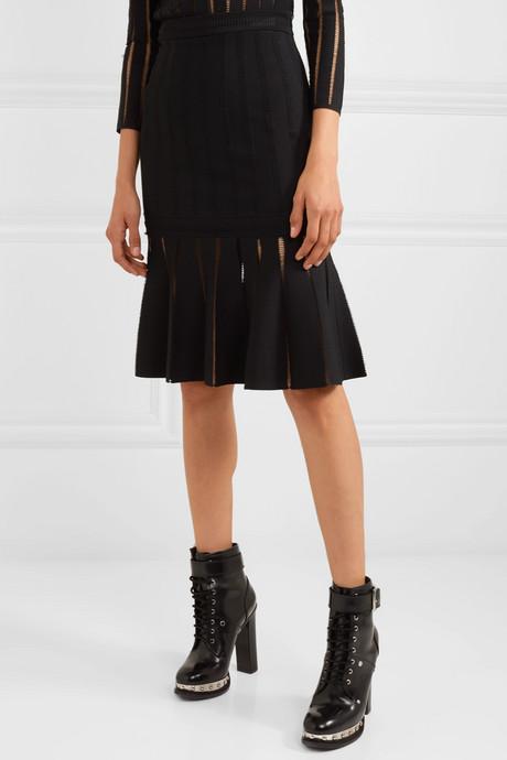 Fluted knitted skirt