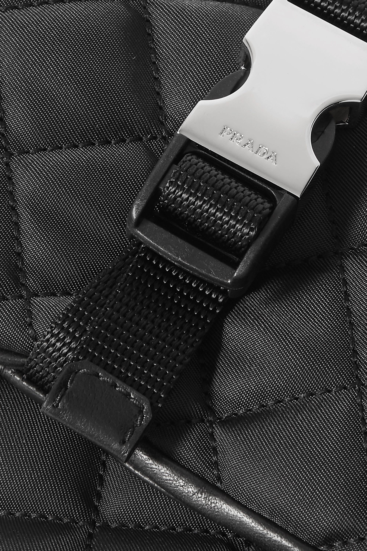 Prada Handschuhe aus gestepptem Nylon und Leder mit Schnalle