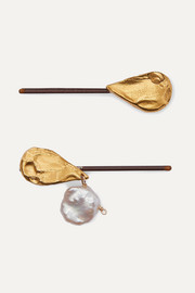 Set of two gold-plated pearl hair slides