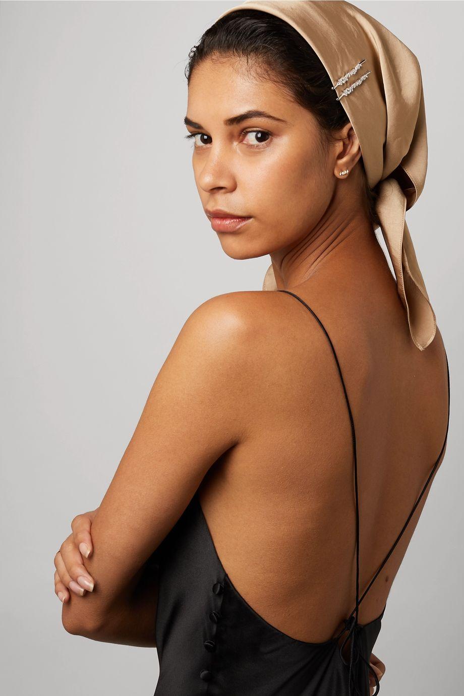 Suzanne Kalan 18-karat white gold diamond hair slide