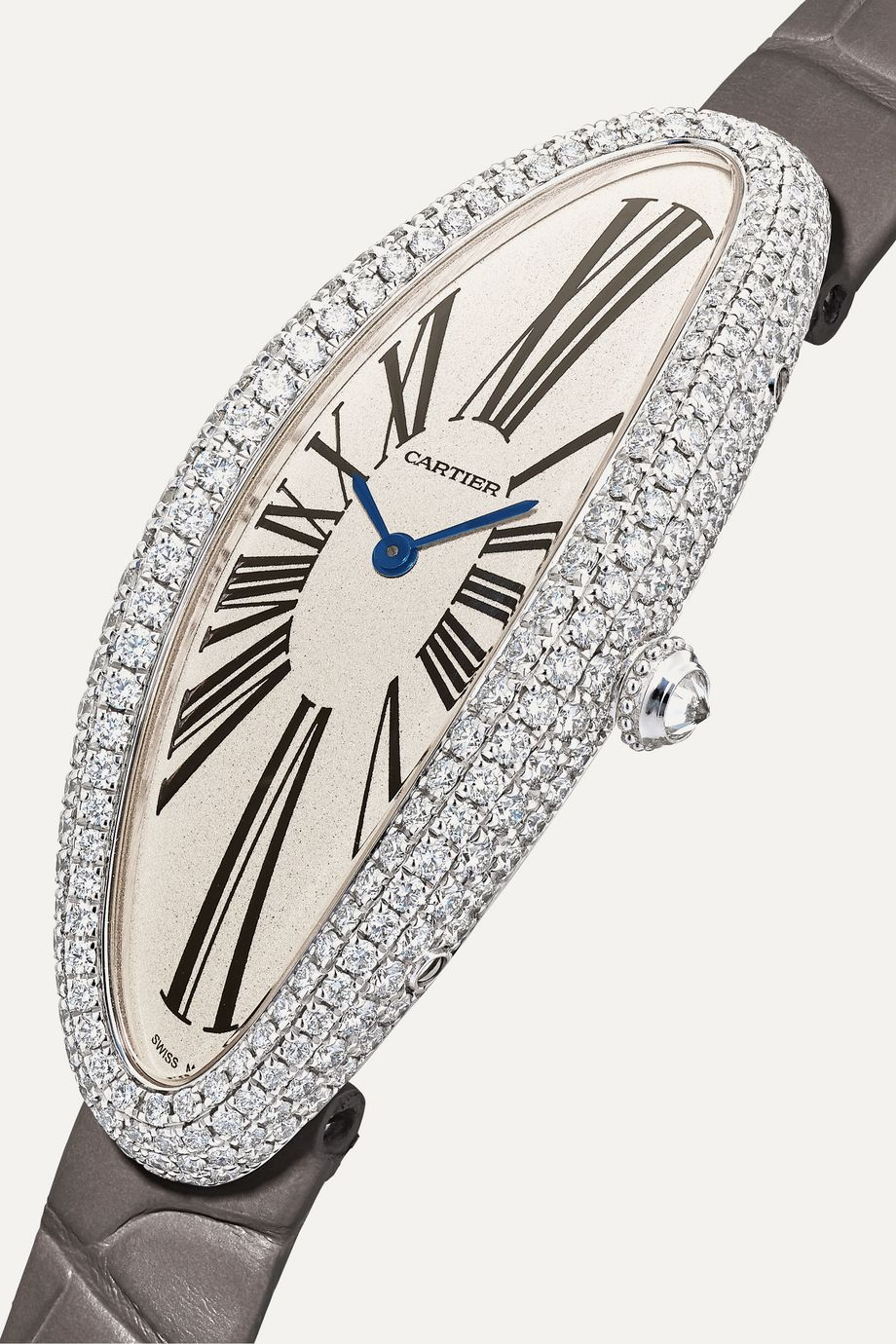 Cartier Montre en or blanc 18 carats et diamants à bracelet en alligator Baignoire Allongée 21 mm