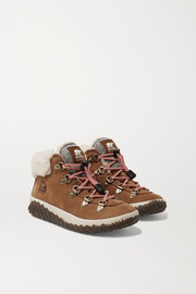 Sorel Kids Sizes 32 - 35 Out N' About Conquest shearling-trimmed suede ankle boots