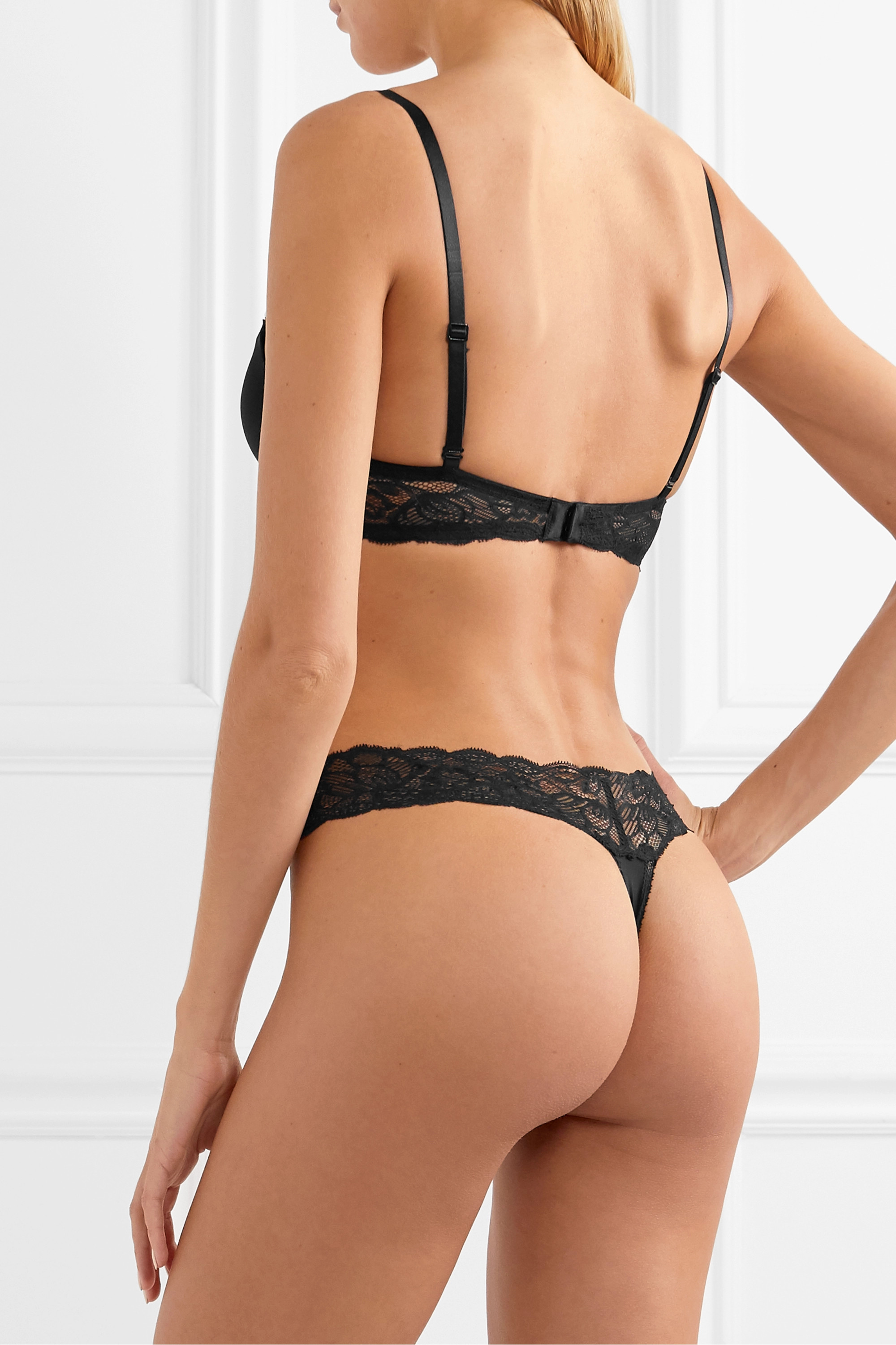 Calvin Klein Underwear Seductive Comfort stretch-jersey and lace thong