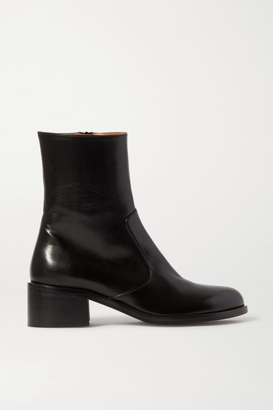 lara-leather-ankle-boots by by-far