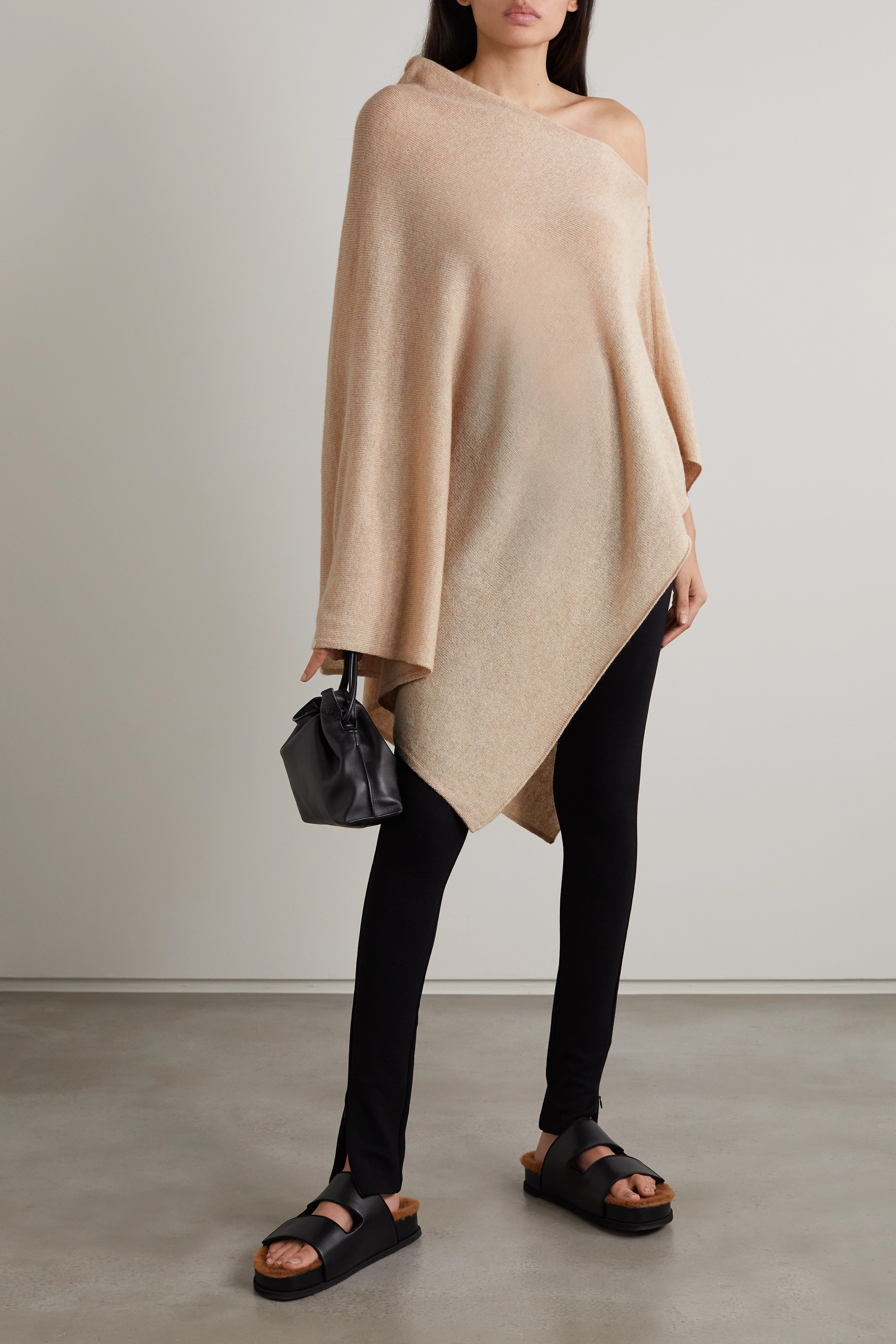 Johnstons of Elgin Cashmere poncho