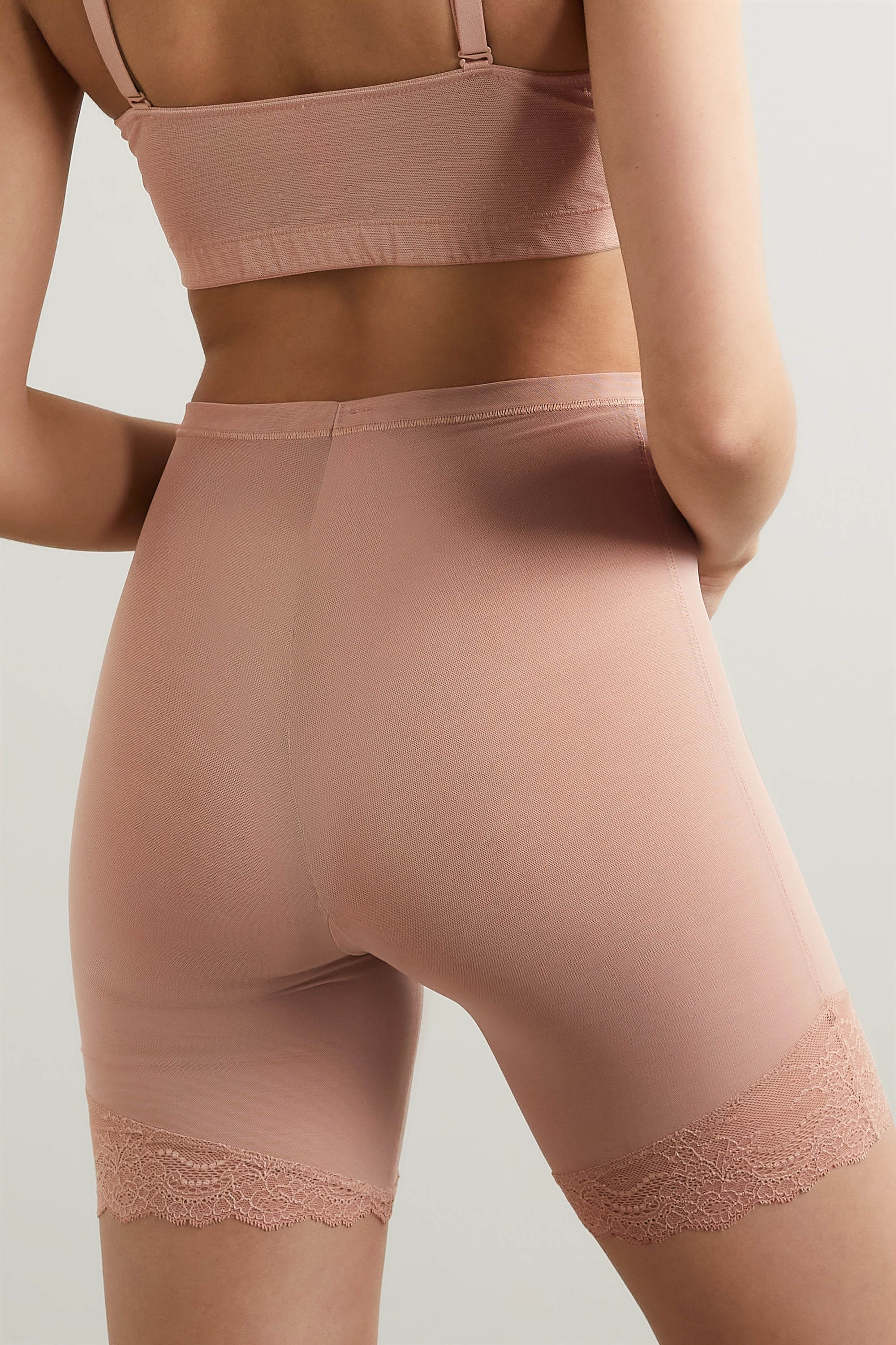 Beige Spotlight Lace-trimmed Stretch-tulle Shorts | Spanx