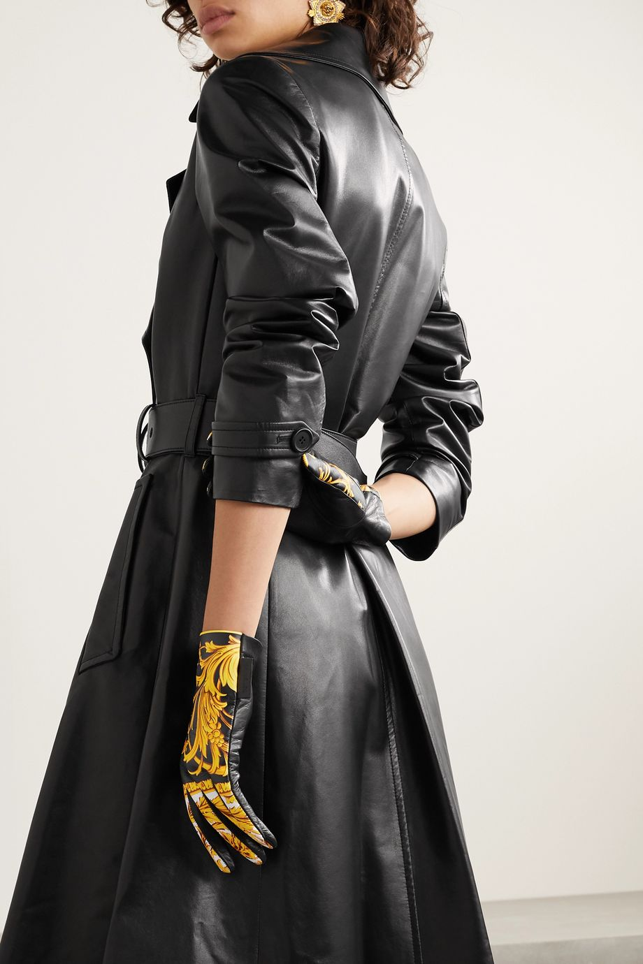Versace Printed leather gloves