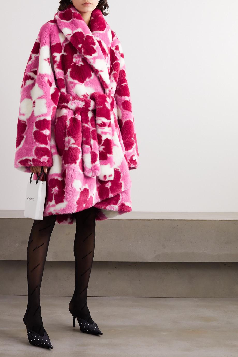 Balenciaga Mantel aus Faux Fur mit Blumenprint und Bindegürtel