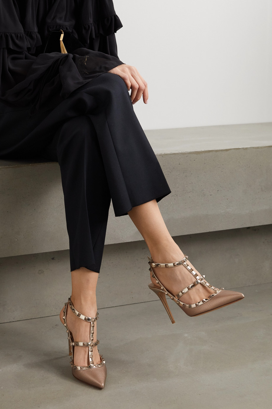 Valentino Valentino Garavani Rockstud 105 metallic textured-leather pumps