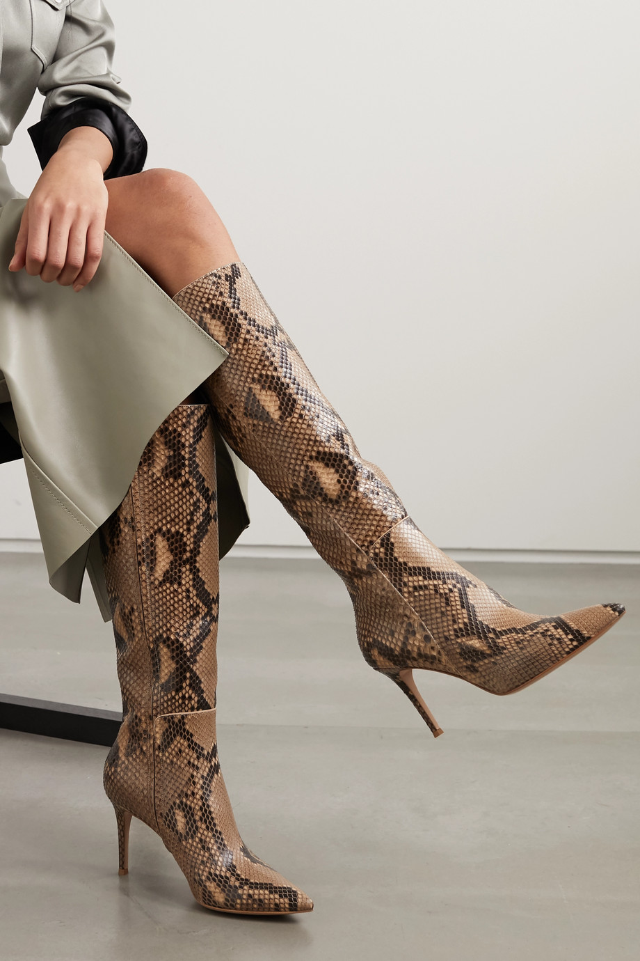 Gianvito Rossi 85 python knee boots