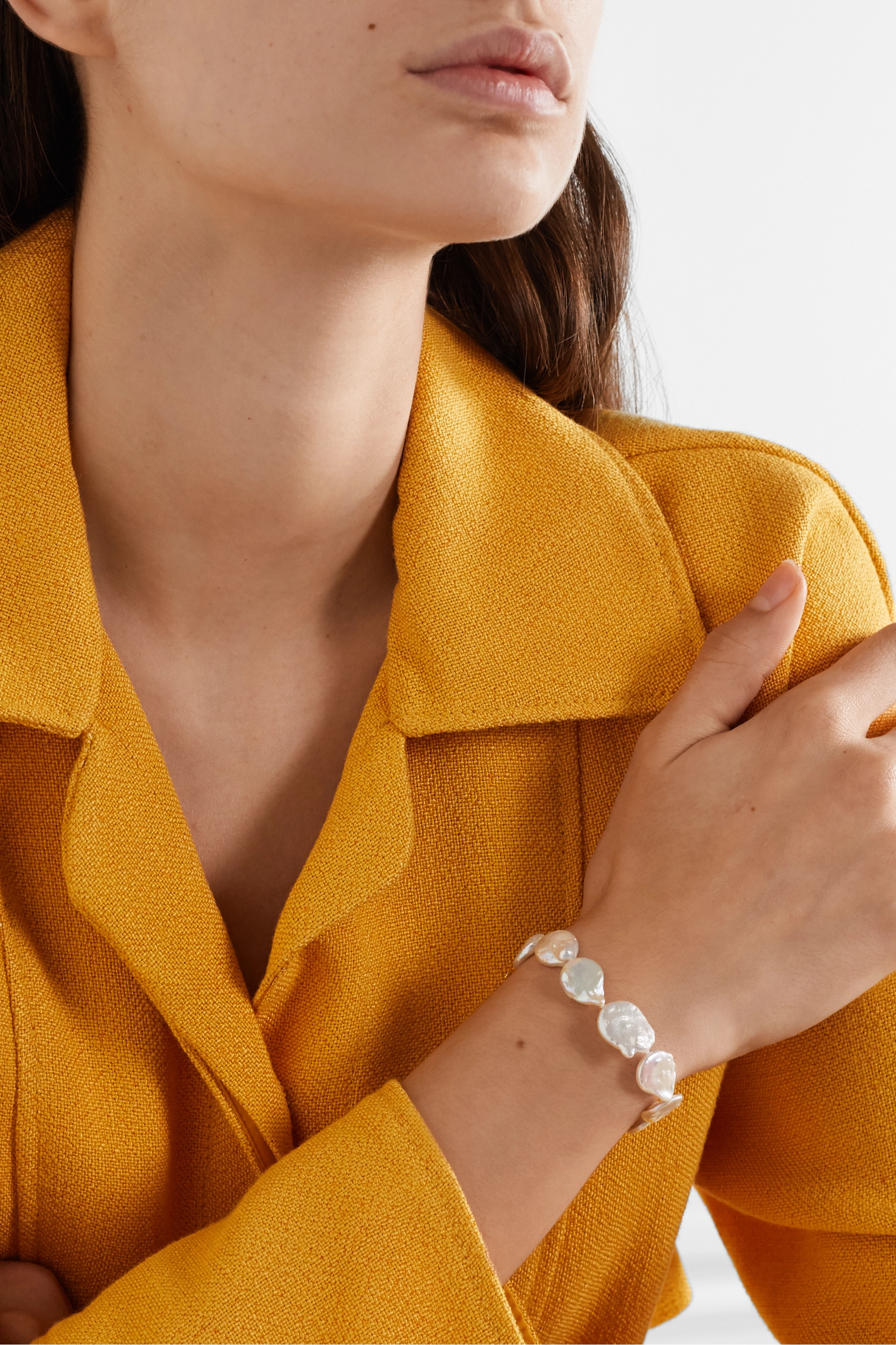 Chan Luu Gold-plated pearl bracelet