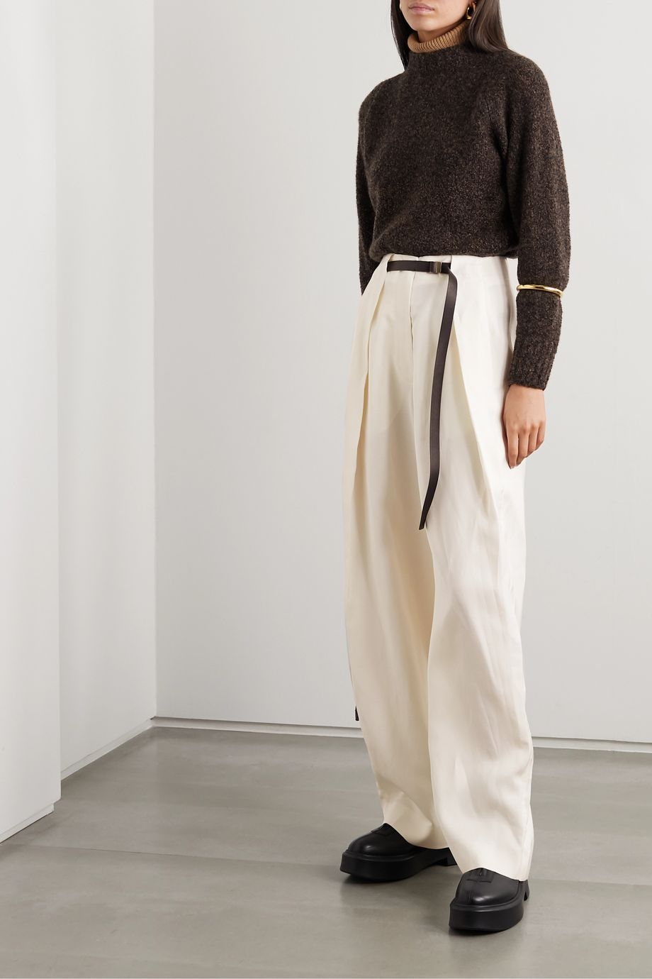The Row Brona belted silk and linen-blend wide-leg pants