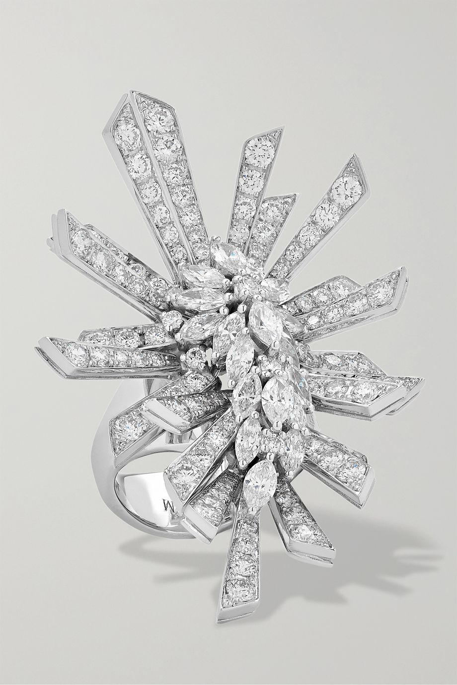 YEPREM Ring aus 18Karat Weißgold mit Diamanten