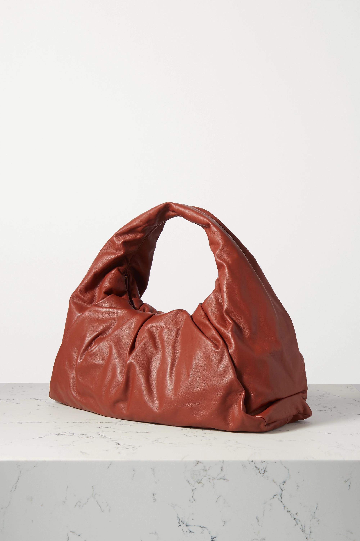 Bottega Veneta Sac en cuir à fronces The Shoulder Pouch Medium