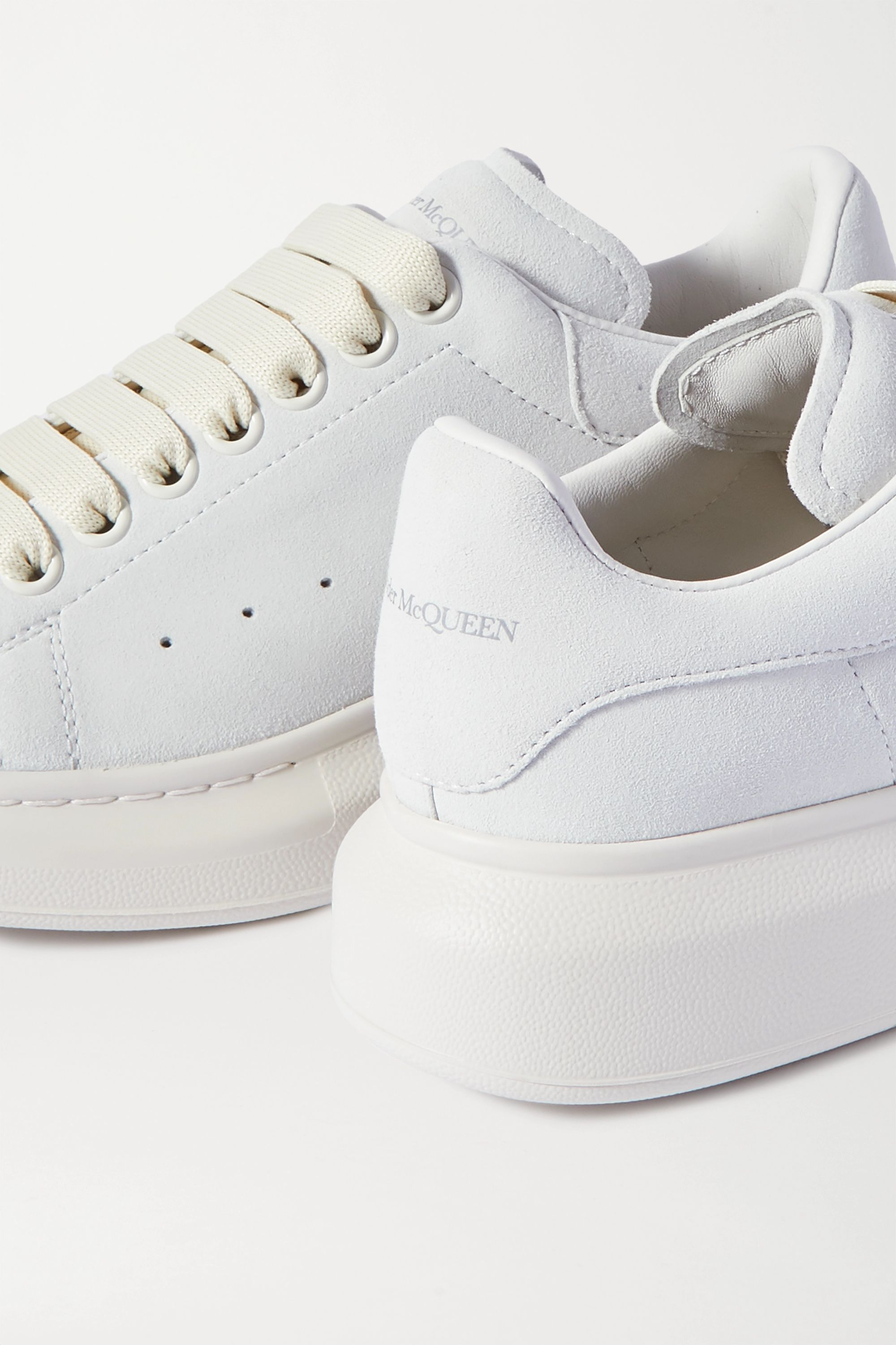 Off-white Two-tone leather exaggerated