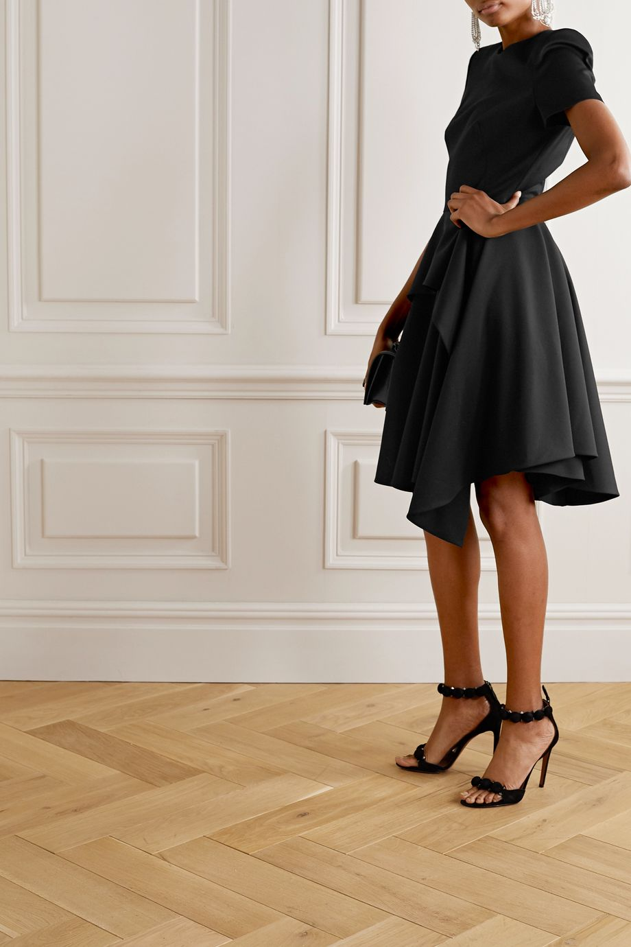 Alexander McQueen Asymmetrisches mehrlagiges Kleid aus Woll-Crêpe