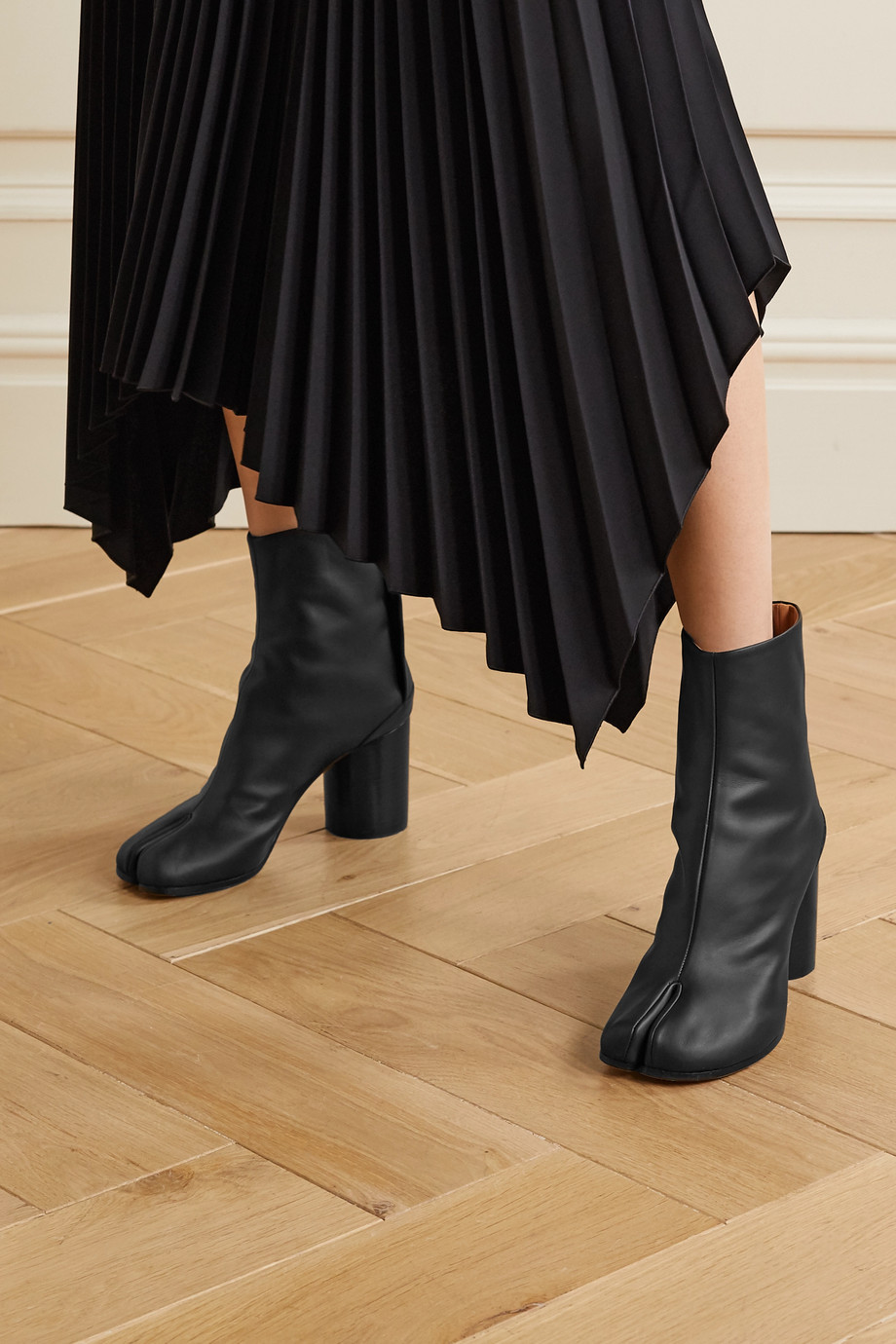 Maison Margiela Split-toe leather ankle boots