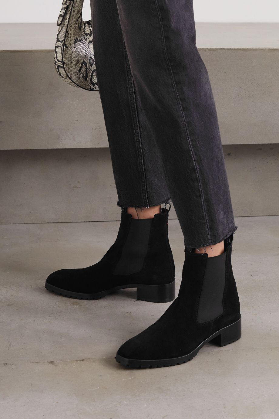 aeydē Karlo suede Chelsea boots