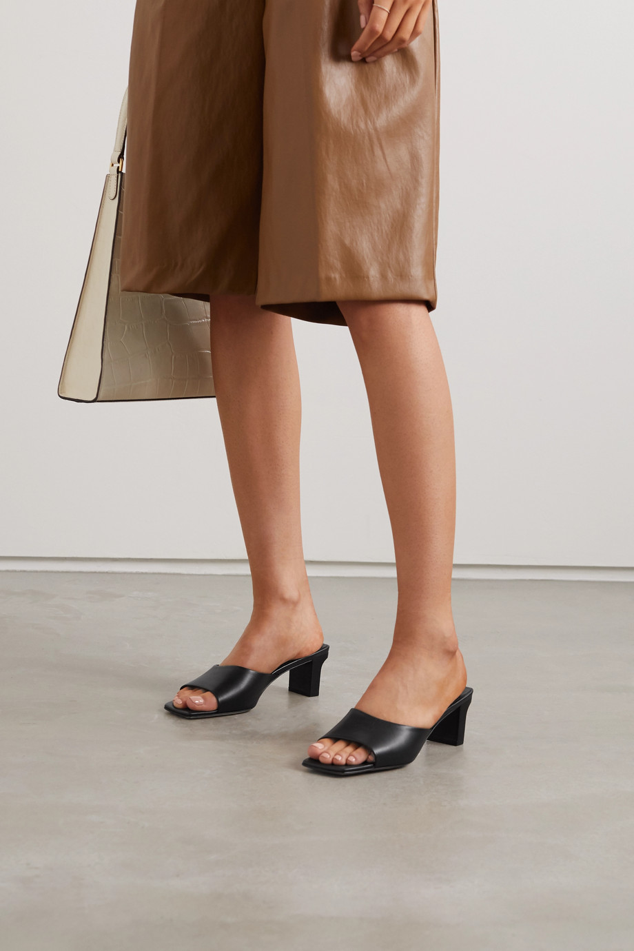 aeydē Katti leather mules