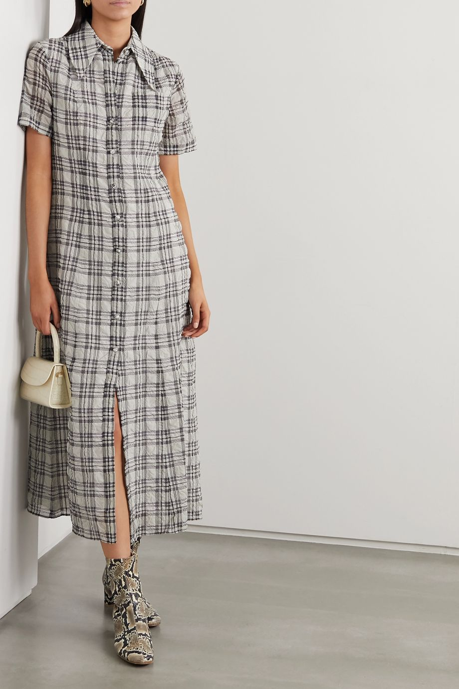 ALEXACHUNG Checked seersucker midi shirt dress