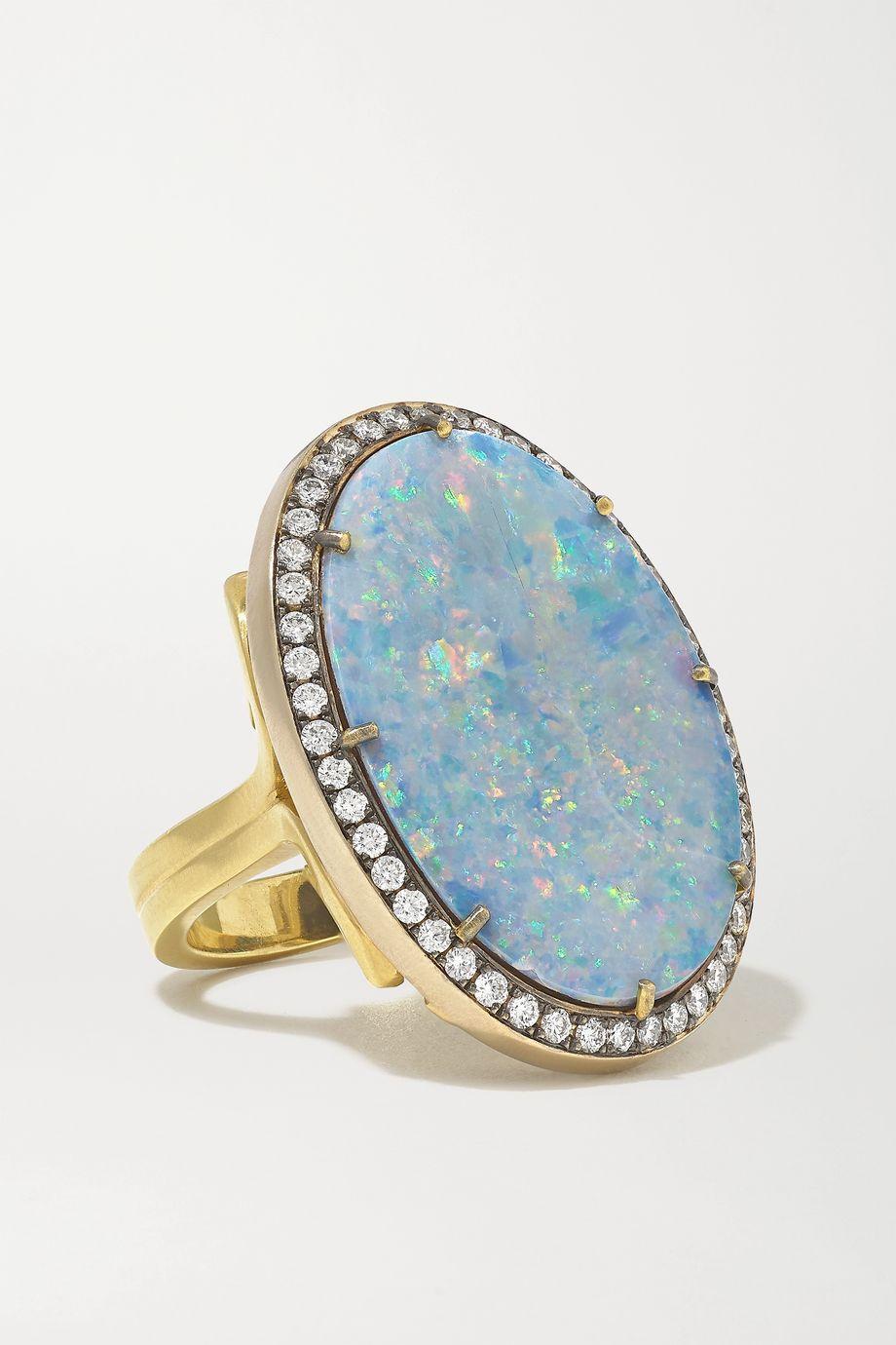 Sylva & Cie Ring aus 18 Karat Gelb- und Weißgold mit Opal und Diamanten