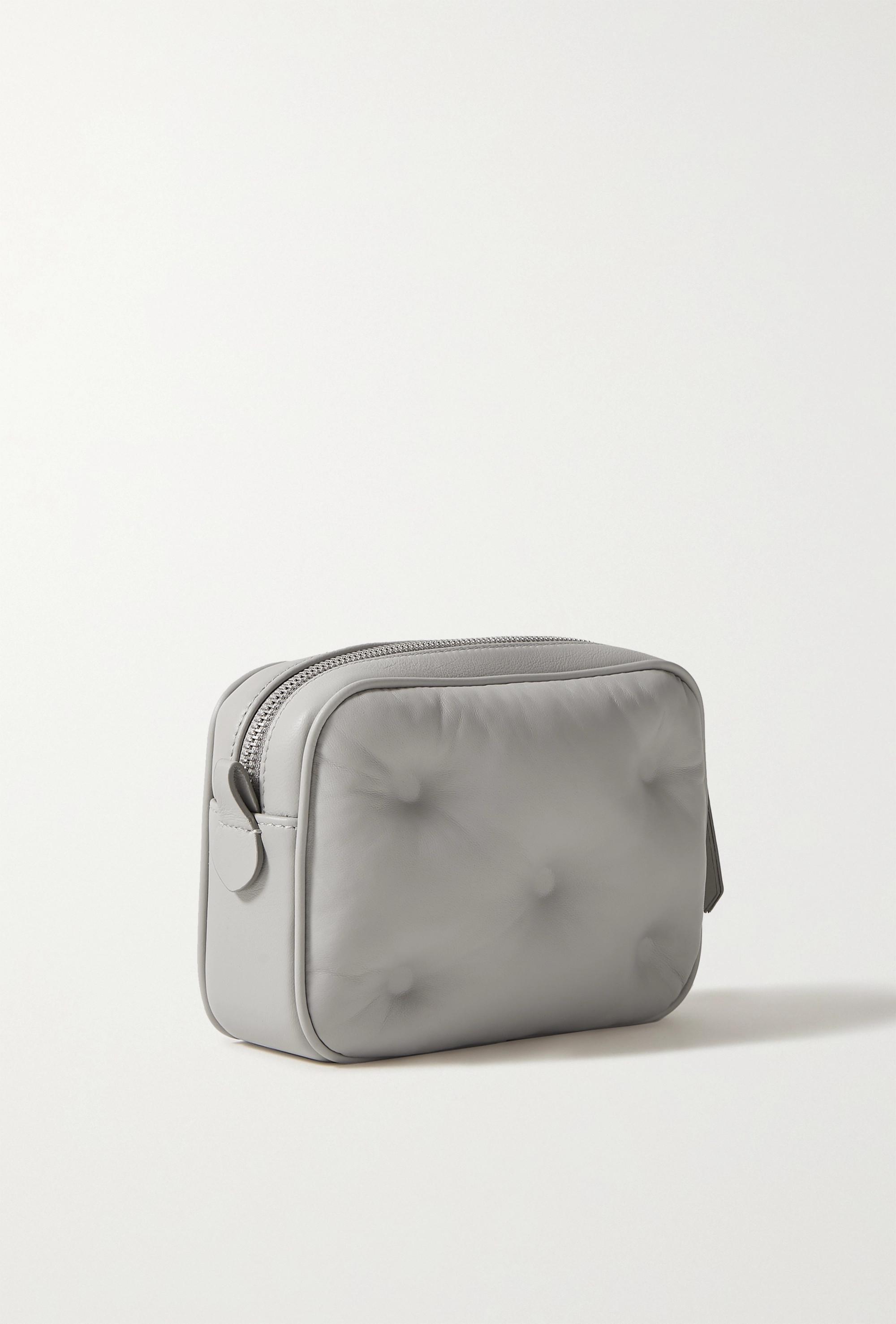 Maison Margiela Camera gesteppte Schultertasche aus Leder