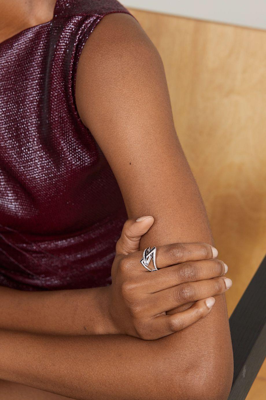 Stephen Webster Vertigo Obtuse 18-karat white gold, diamond and enamel ring
