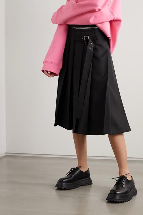 Zip-detailed buckled pleated crepe midi skirt