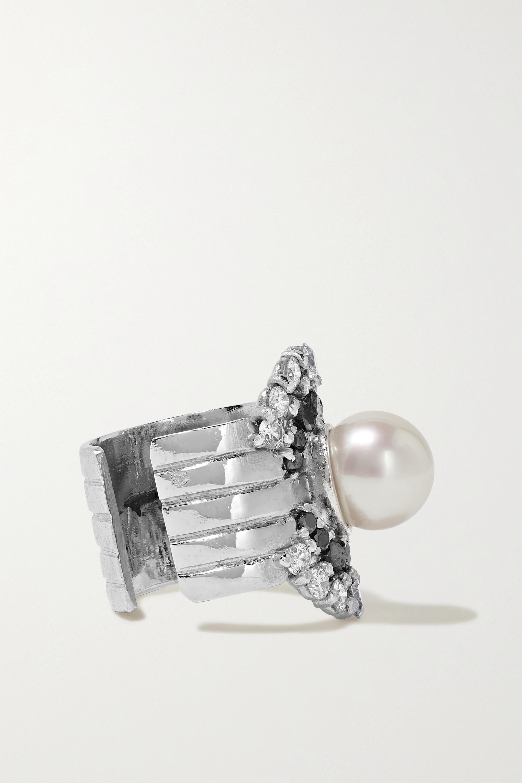 Yvonne Léon Ear Cuff aus 18 Karat Weißgold mit Diamanten und Perle