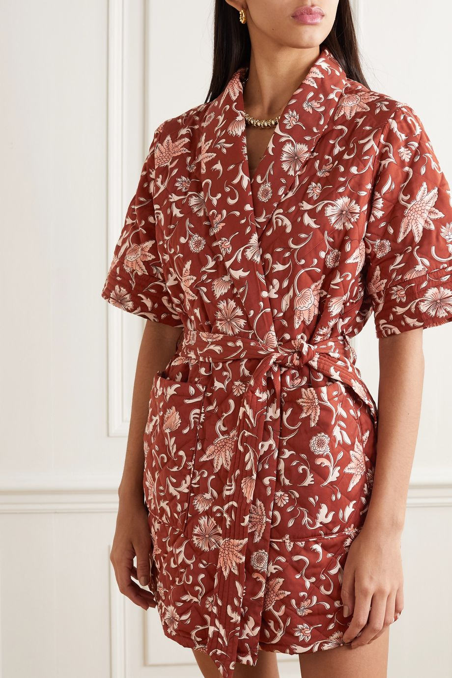 Love Stories Susie quilted floral-print crepe robe