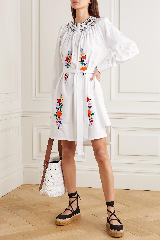 Kleid aus Baumwollpopeline mit Stickereien