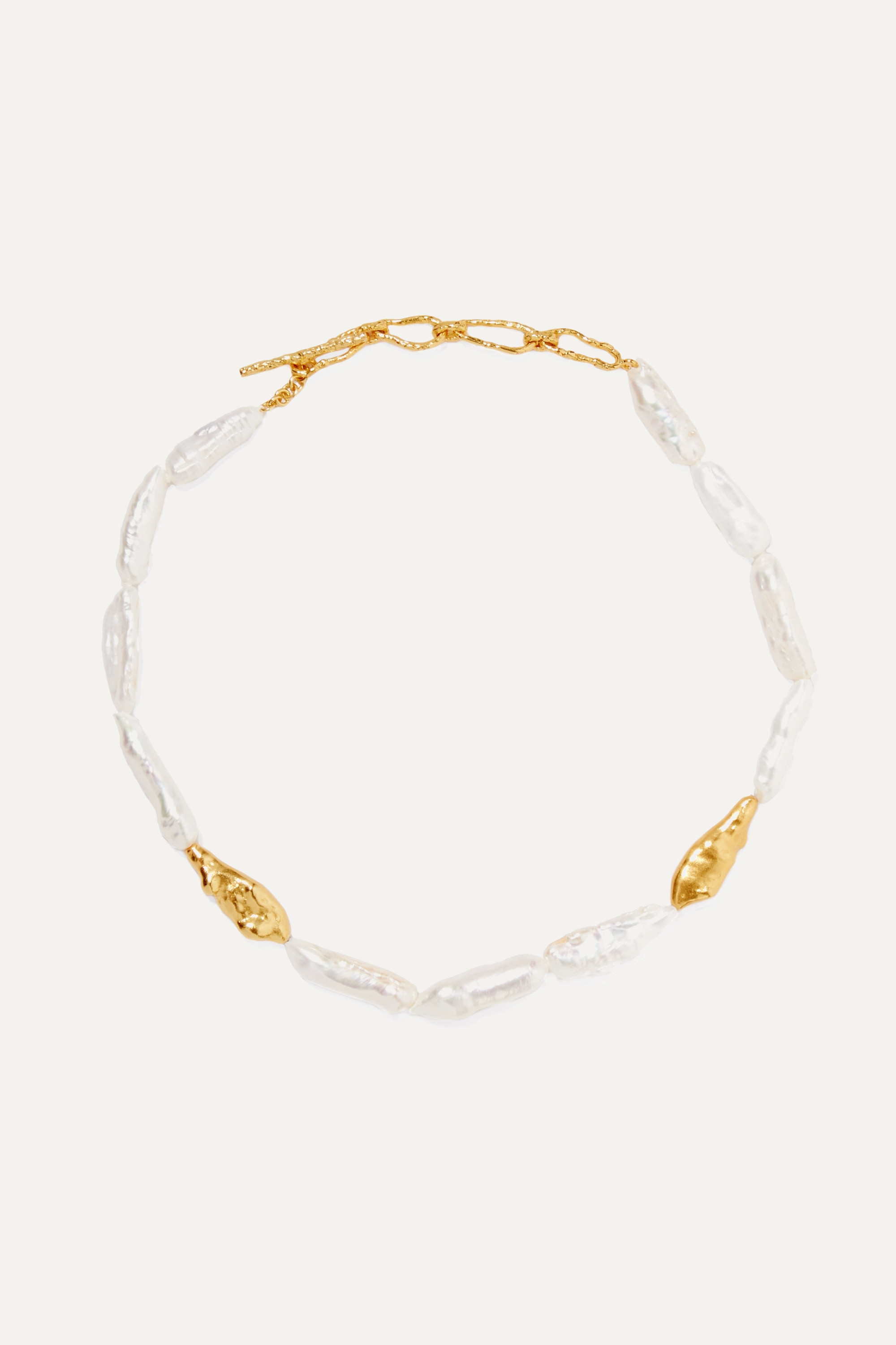 Pacharee Gold-plated pearl necklace