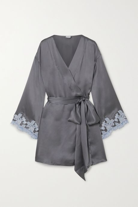 Gray Maison lace-trimmed silk-charmeuse robe  | La Perla XmTJmB