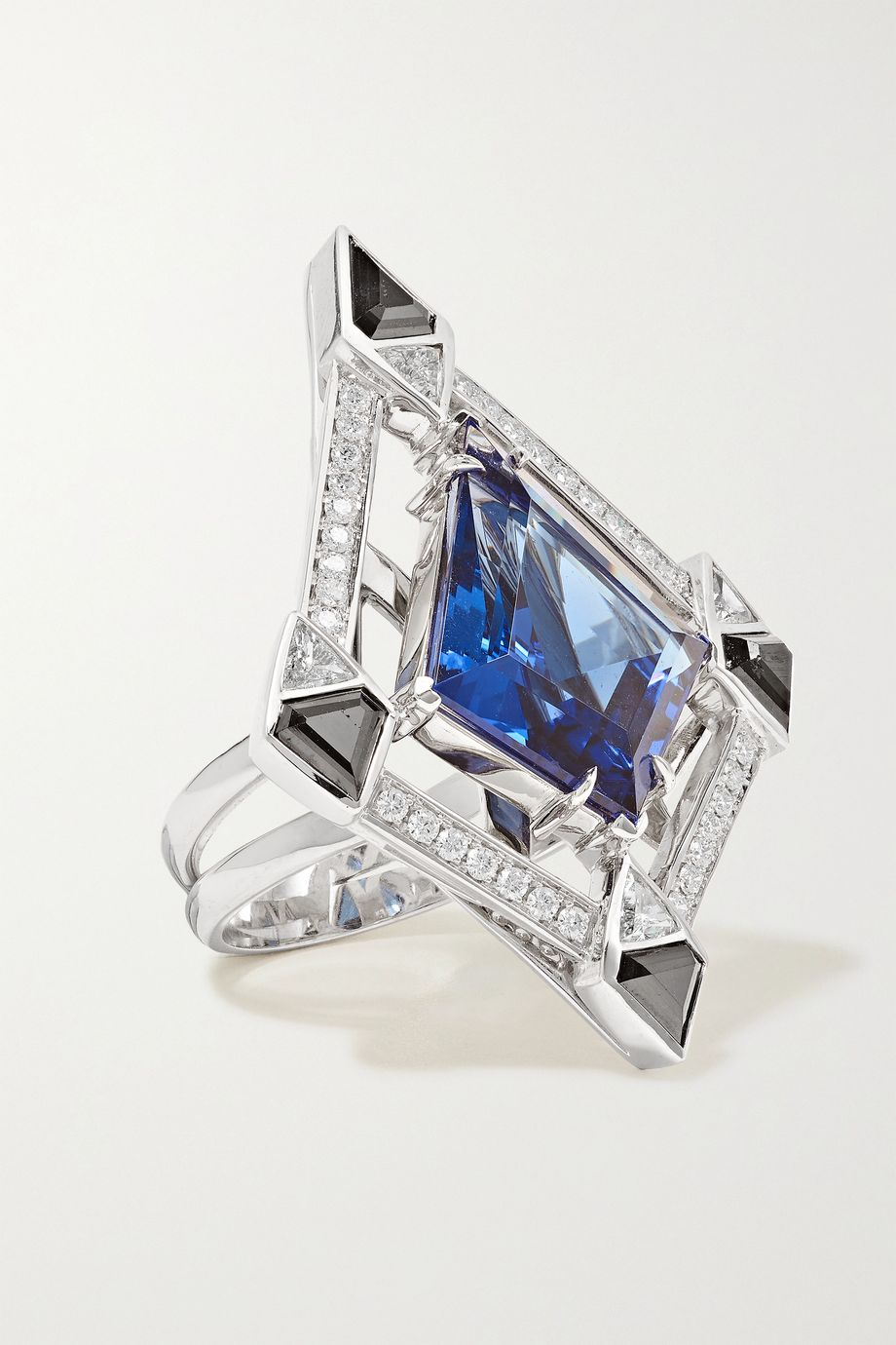 Ara Vartanian 18-karat white gold, tanzanite and diamond ring